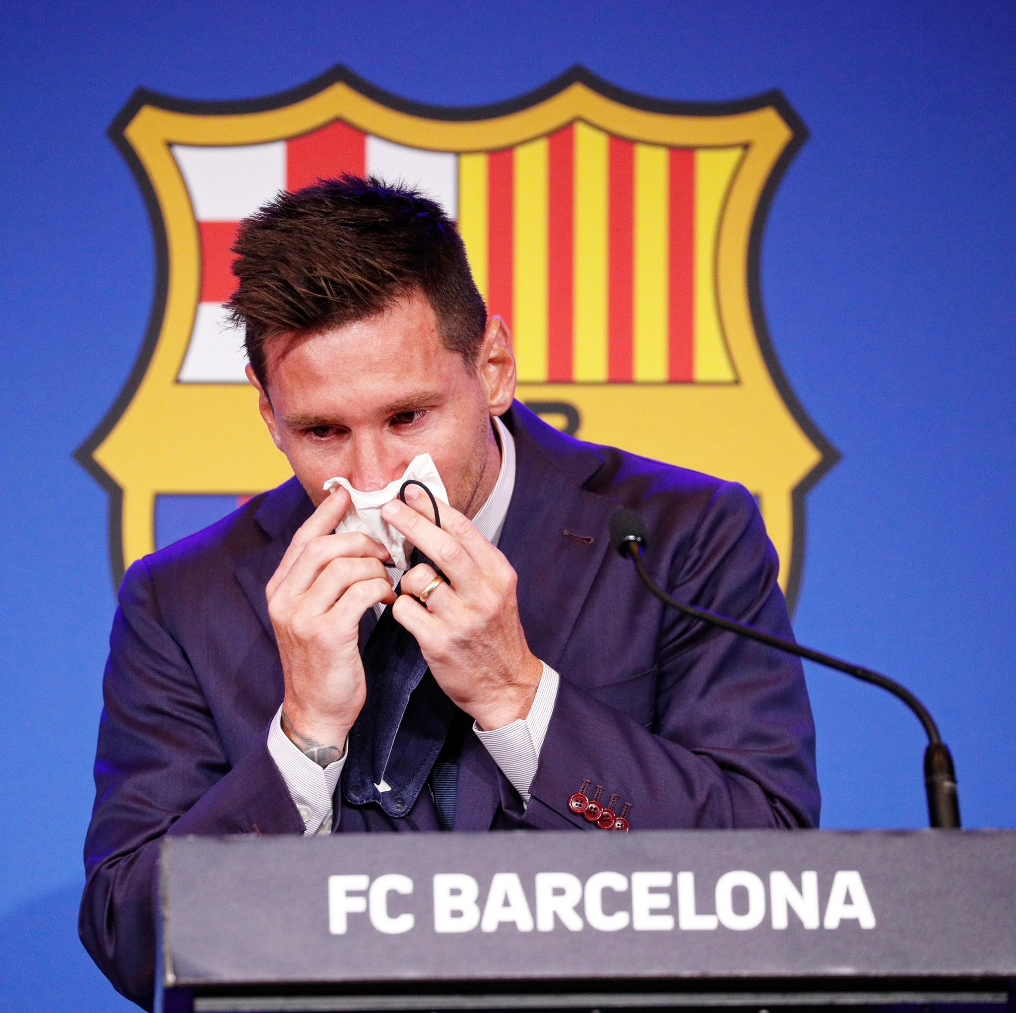 I wanted to stay; Messi says as he tearfully leaves Barcelona